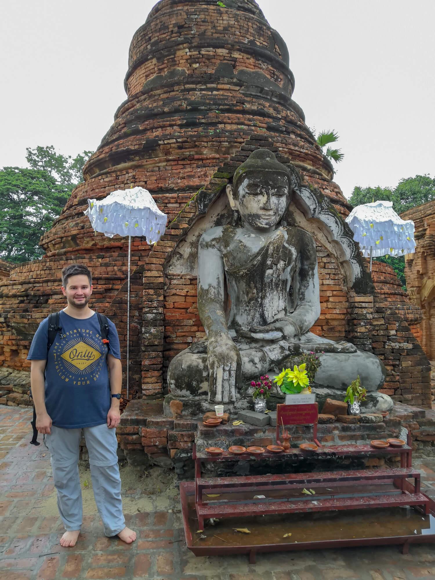 Bouddha de la pagode Yandana Sinme